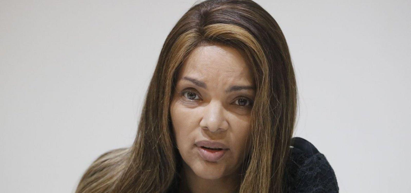 Por decisão de justiça carioca, Flordelis será afastada do cargo de deputada federal