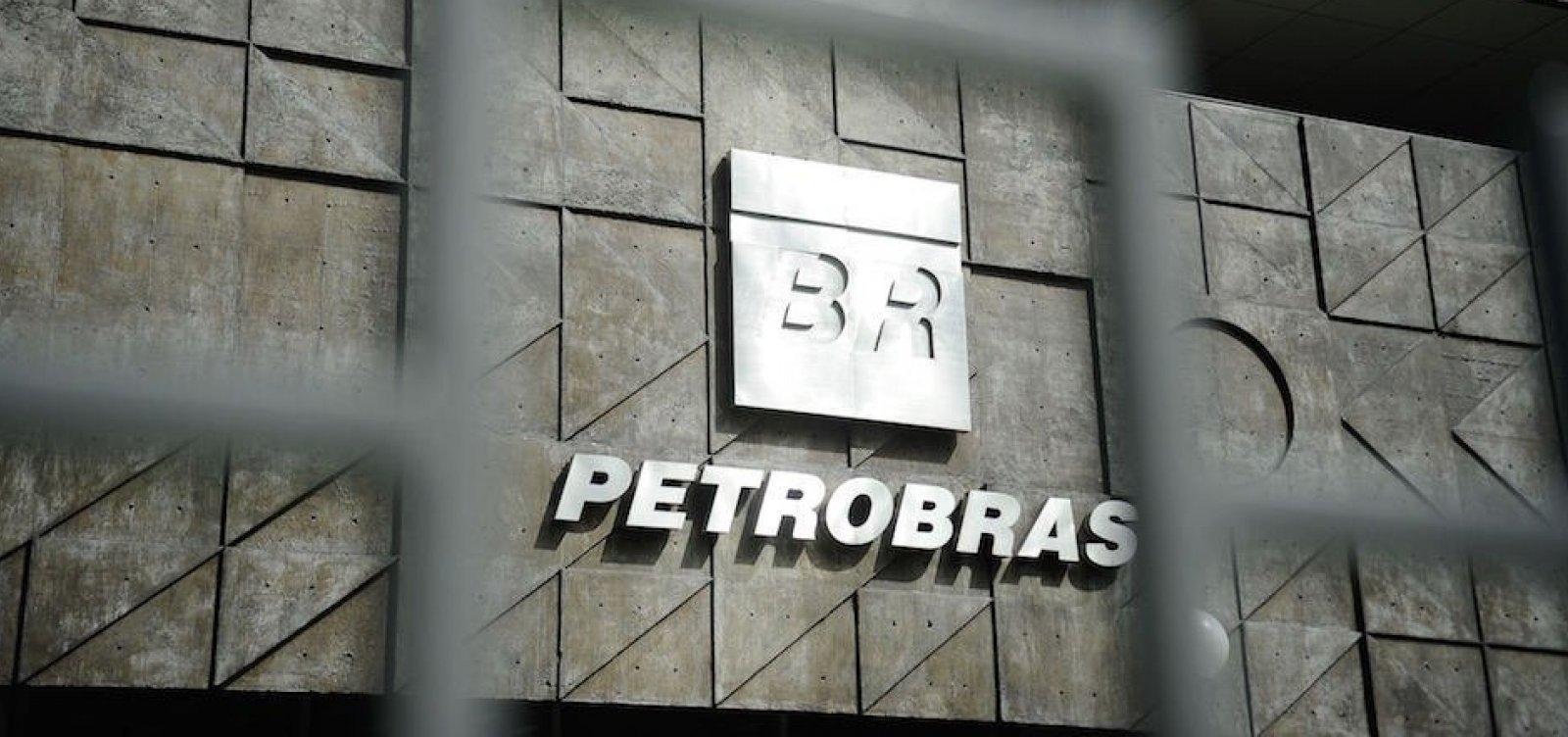 Ministério Público pede que troca de comando na Petrobras seja interrompida