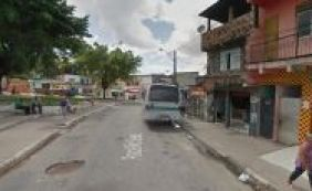 Garota de 17 anos é atingida por diversos tiros no bairro do Rio Sena
