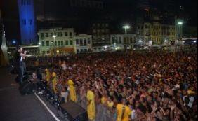 Insegurança volta a marcar festejos do réveillon da Praça Cayru