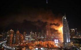 Incêndio atinge prédio em Dubai antes de queima de fogos do Réveilon; veja vídeo