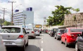 Motoristas esperam até 3 horas para embarque no ferryboat