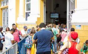 Travessia Salvador-Mar Grande tem movimento intenso na manhã deste domingo