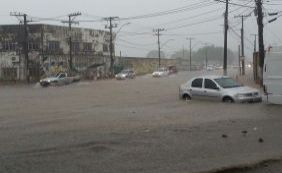 Chuva forte causa diversos pontos de alagamento em Salvador; confira