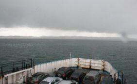 Chuva forte assusta usuários do ferryboat; Internacional nega problemas