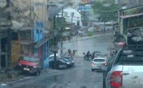 Queda de energia é registrada em bairros de Salvador após fortes chuvas