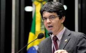 STF arquiva ação contra senador Randolfe Rodrigues