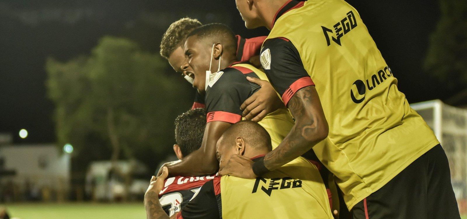 Vitória bate o Rio Branco-ES por 2 a 0 e avança na Copa do Brasil