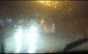 Chuva volta a castigar Salvador; quedas de energia afetam vários bairros