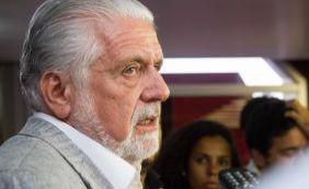 "Ex-senador Tarso Genro critica declarações de Wagner sobre partido ""se lambuzar"""