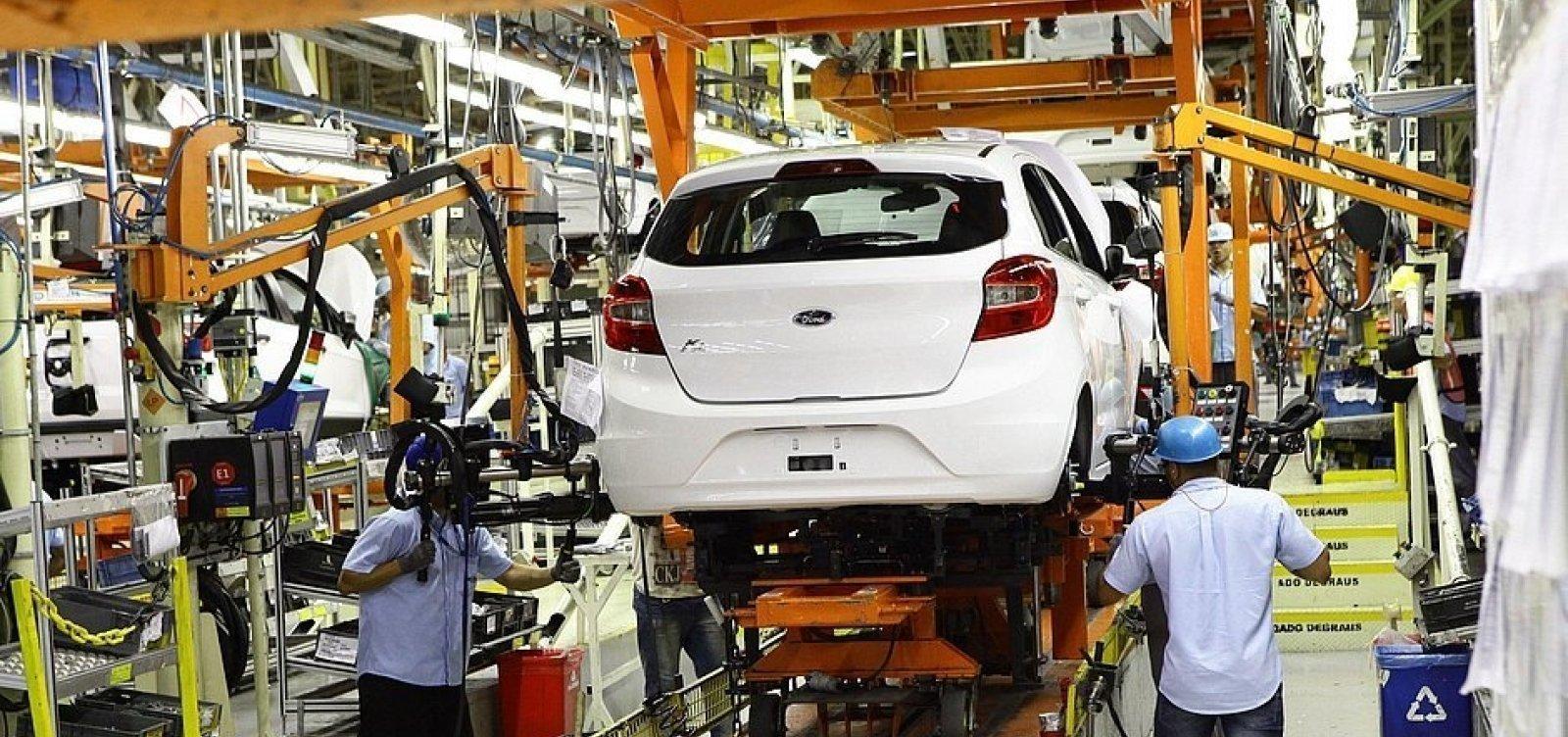 Encerramento de produção da Ford causa maior tombo na indústria da Bahia desde maio de 2020, aponta IBGE