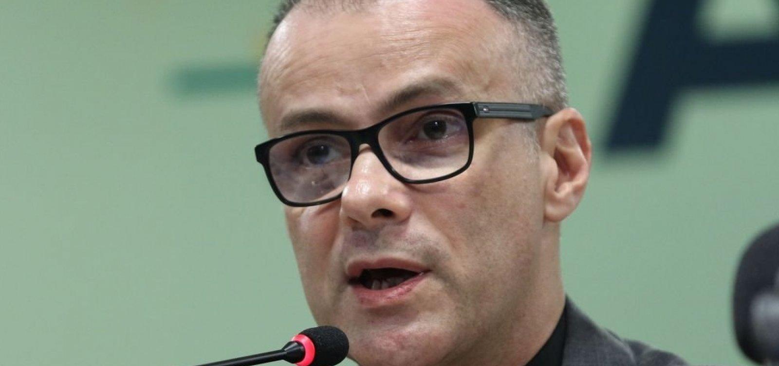 Presidente da Anvisa diz que pandemia da Covid-19 'está longe do fim'