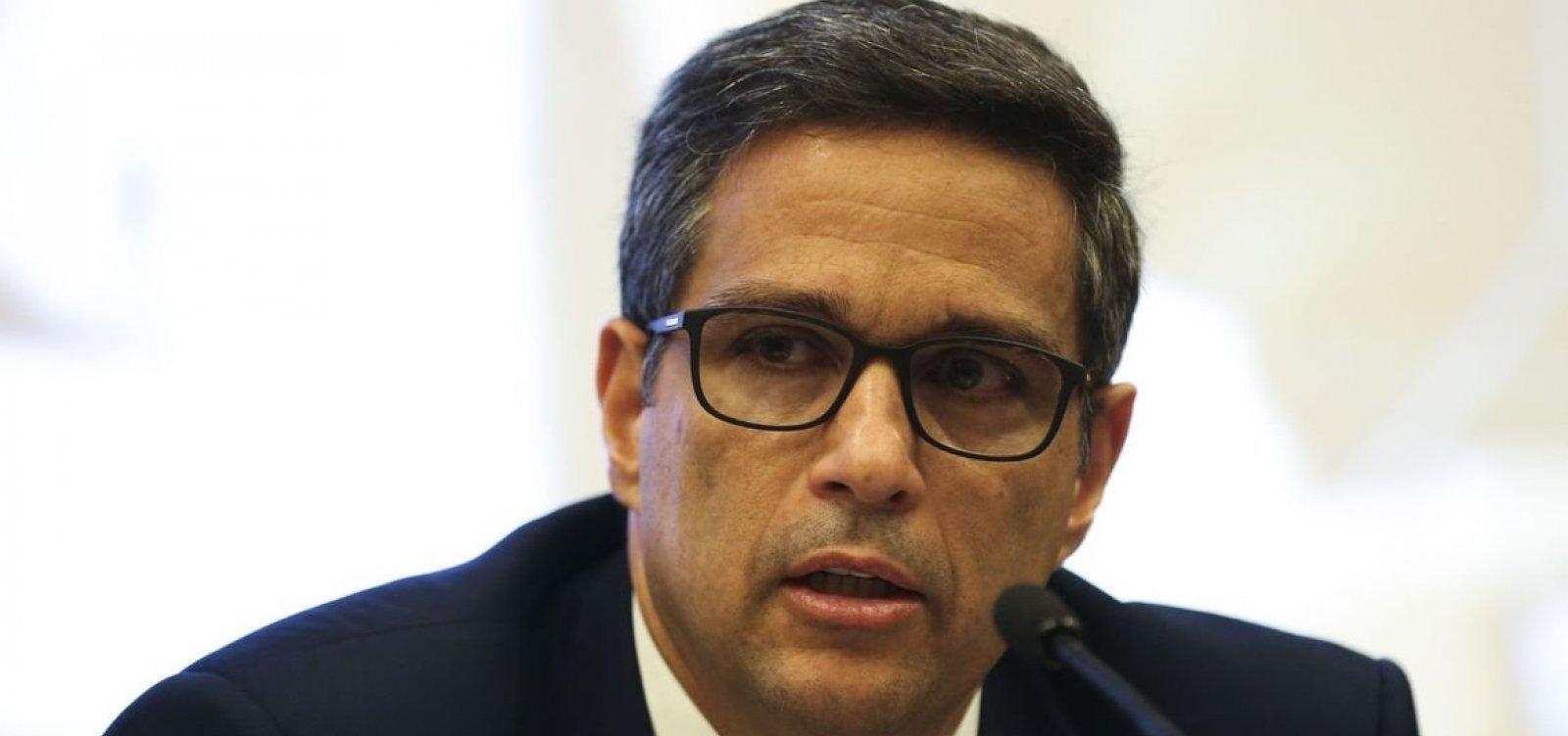 Presidente do BC diz que fatores que estão elevando a inflação são 'temporários'
