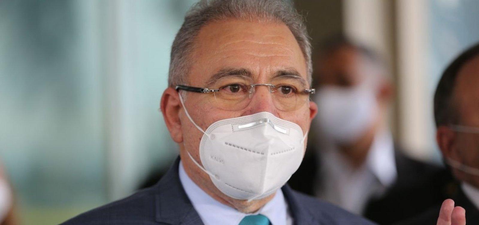 'Ministério não tem vara de condão para resolver todos os problemas', diz Queiroga sobre falta de vacina contra covid
