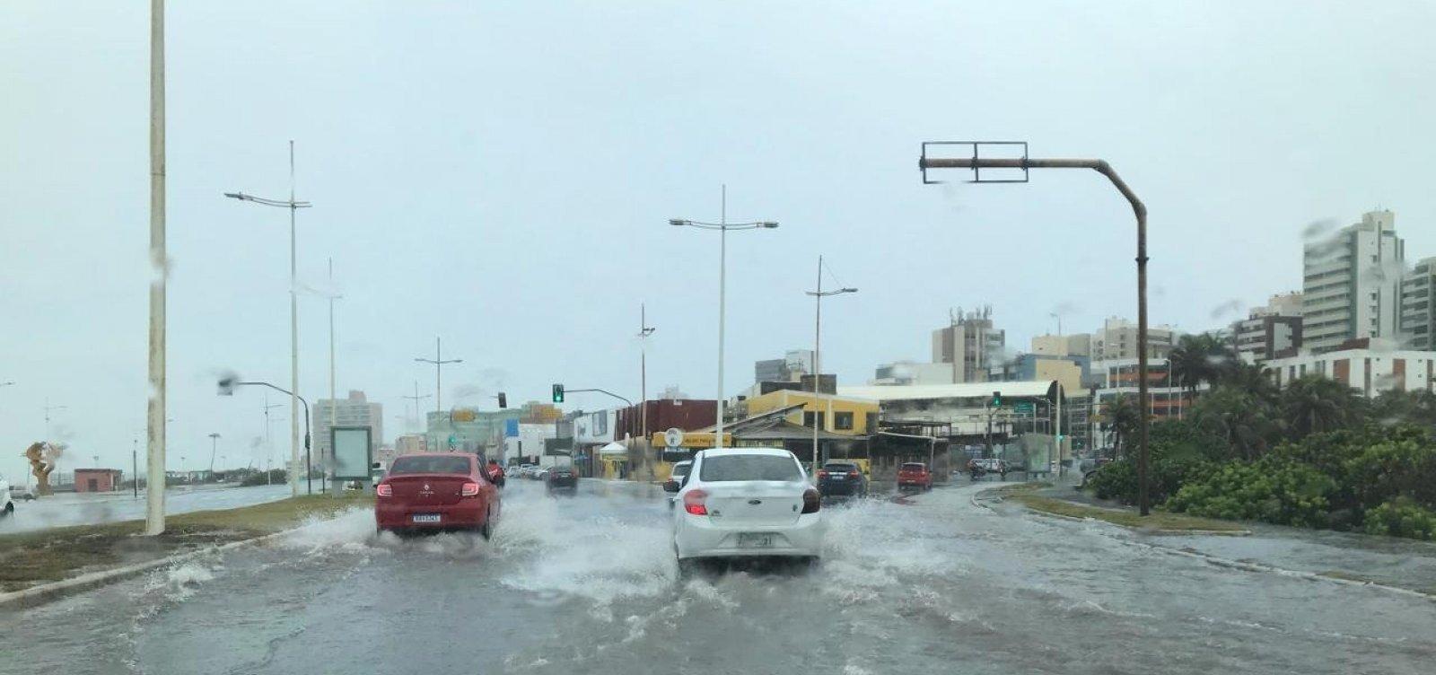 Salvador registra 271 ocorrências por conta de chuvas nesta segunda
