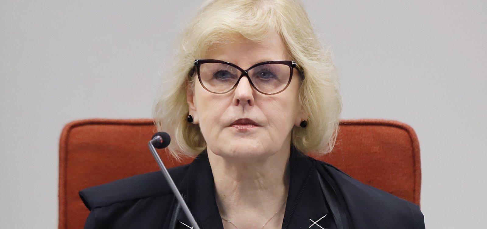 Rosa Weber anula trechos de decretos de Bolsonaro sobre armas que entrariam em vigor nesta terça