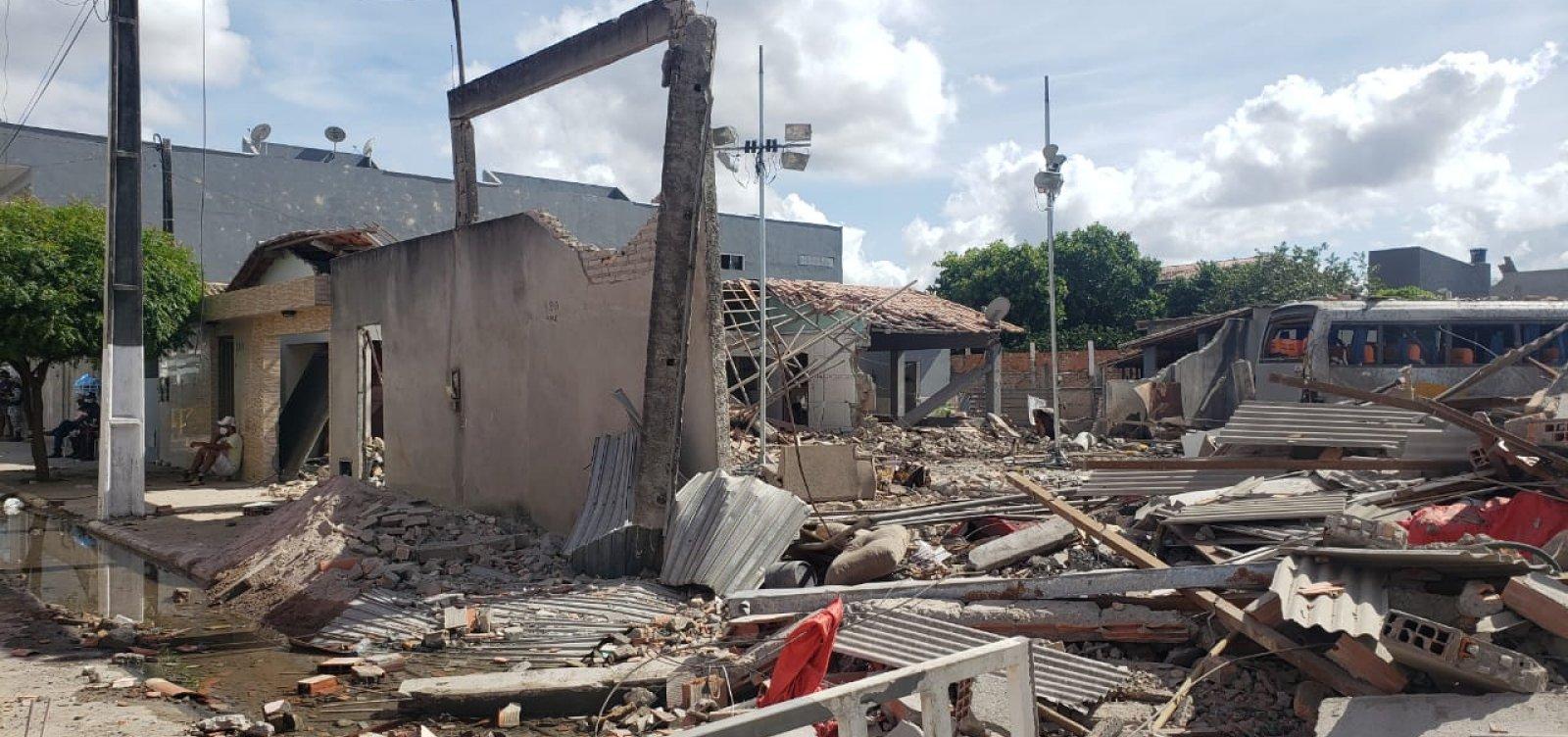 'Ninguém sabia que eles guardavam fogos', diz prefeito de Crisópolis