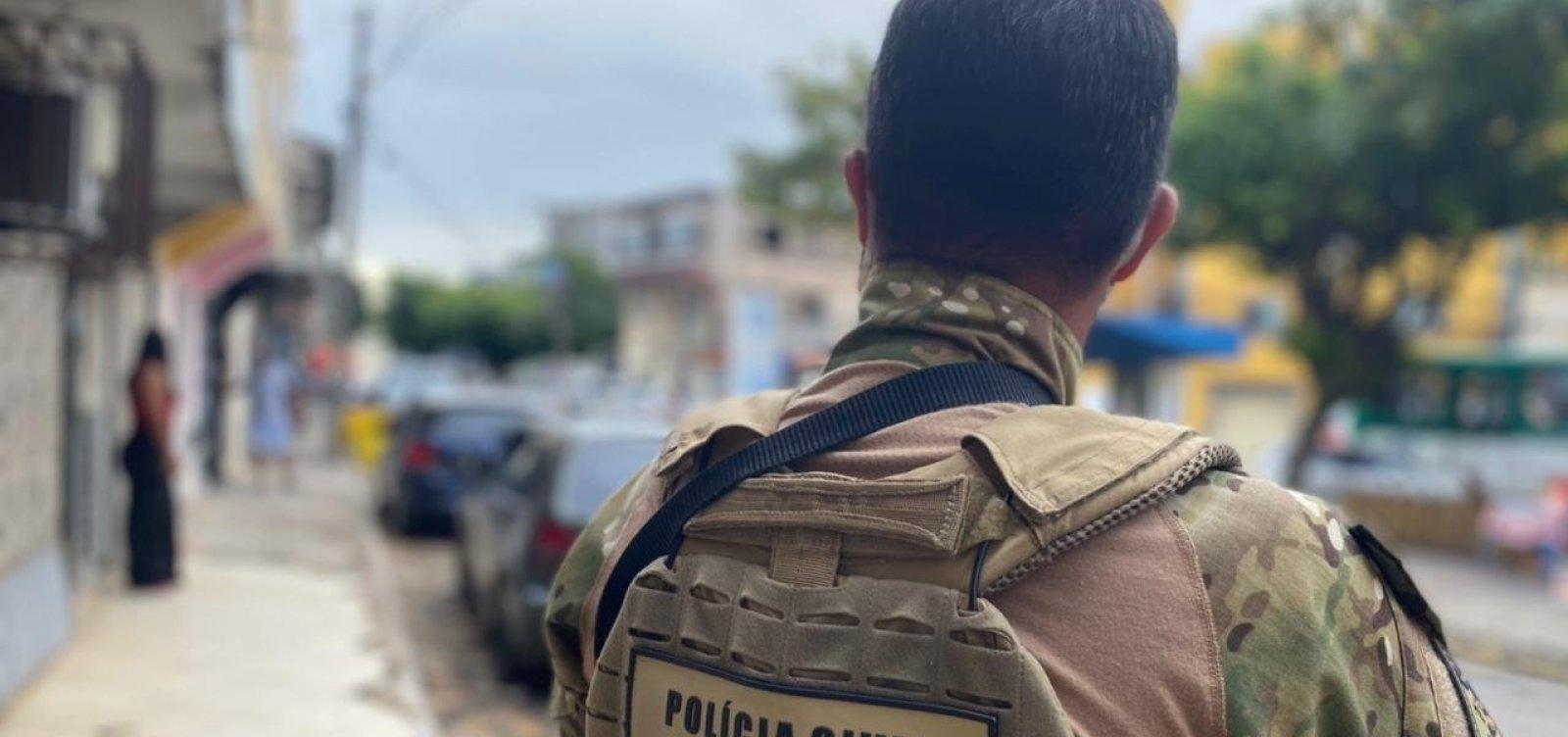 Ex-policial civil é preso durante operação em Salvador