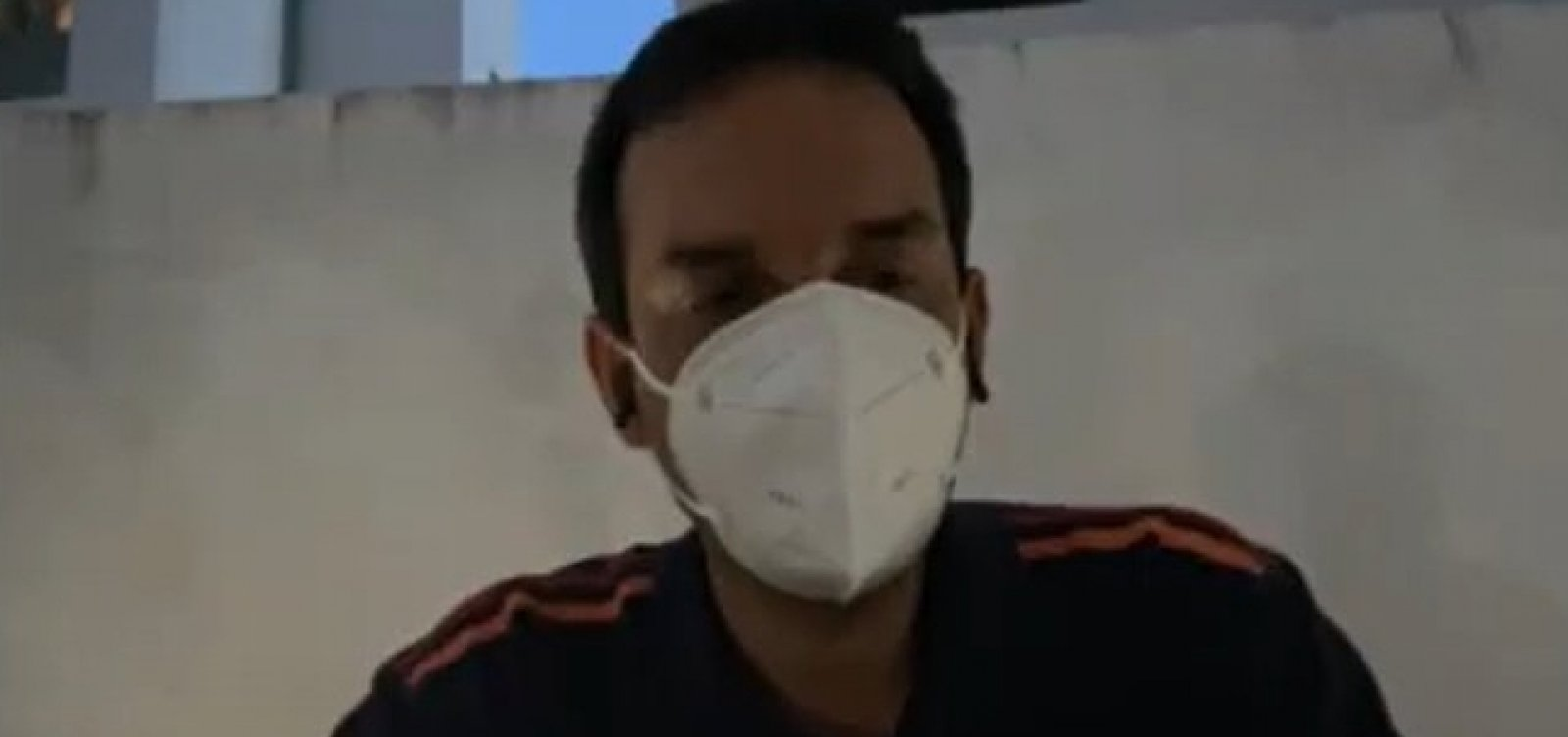 """""""Precisamos cobrar documentos pra evitar fraudes"""", diz Léo Prates sobre atraso na vacinação das doulas"""
