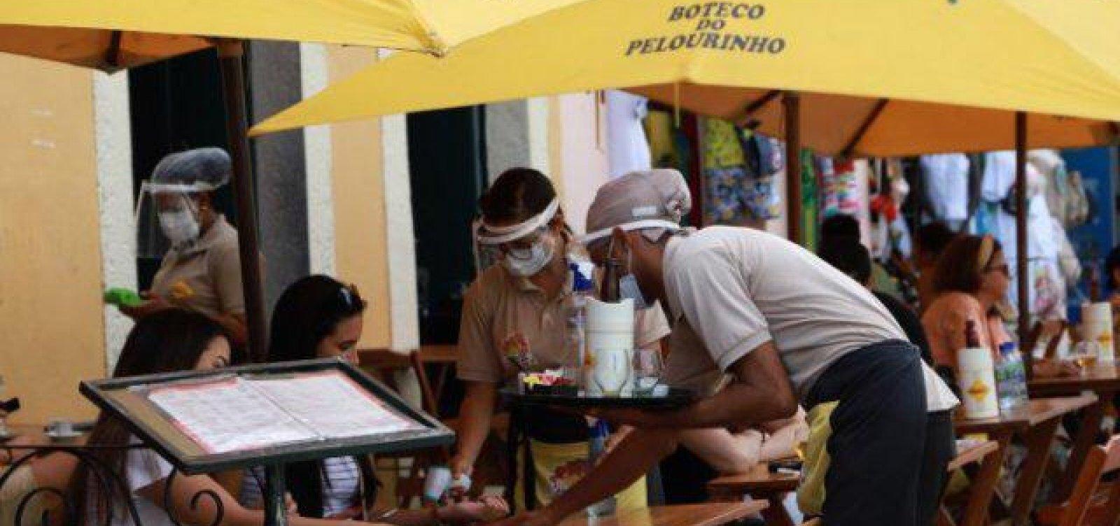 Ampliação de funcionamento de bares e restaurantes garante empregos e renda, diz Abrasel