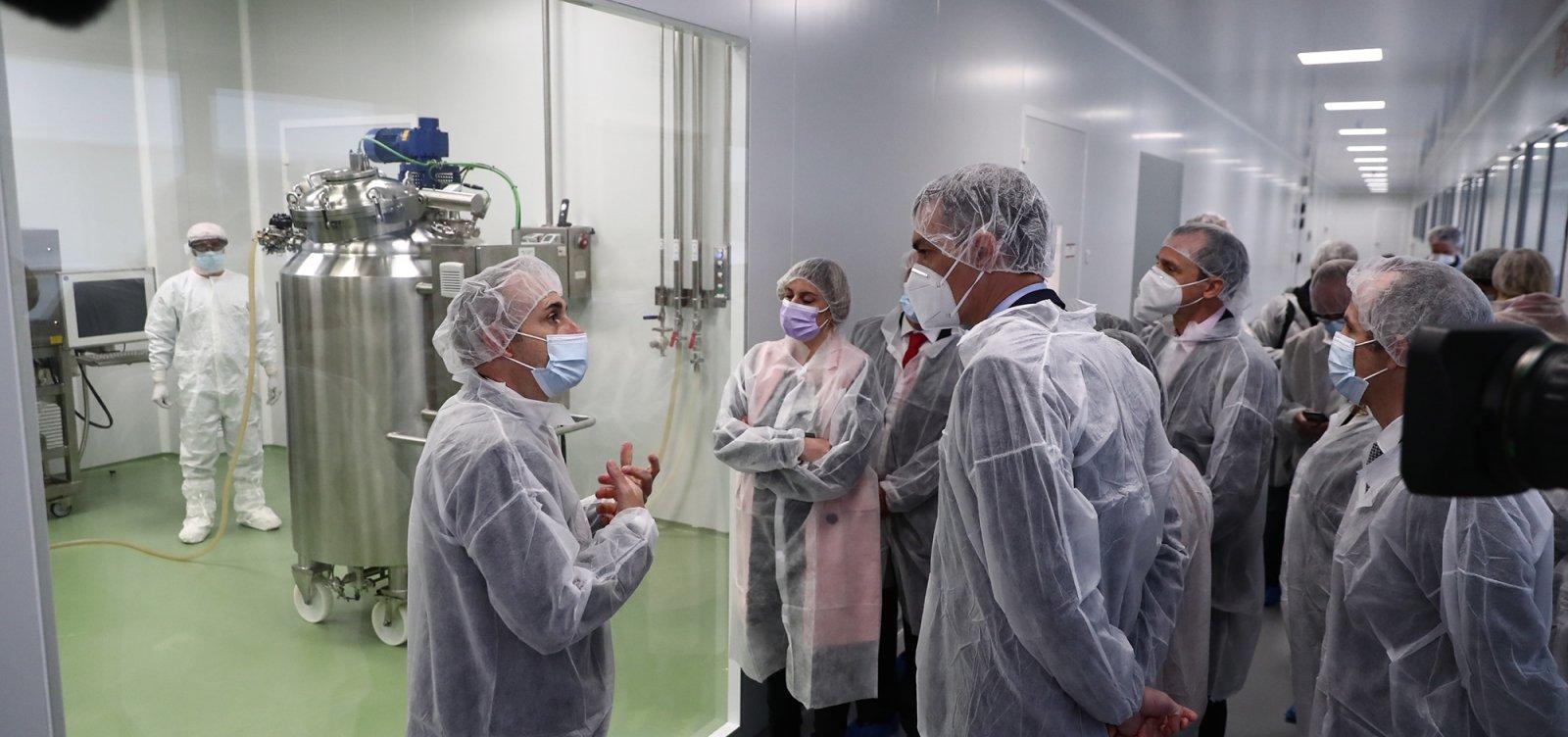 Cientistas e ganhadores do Nobel alertam contra ataques à ciência no Brasil