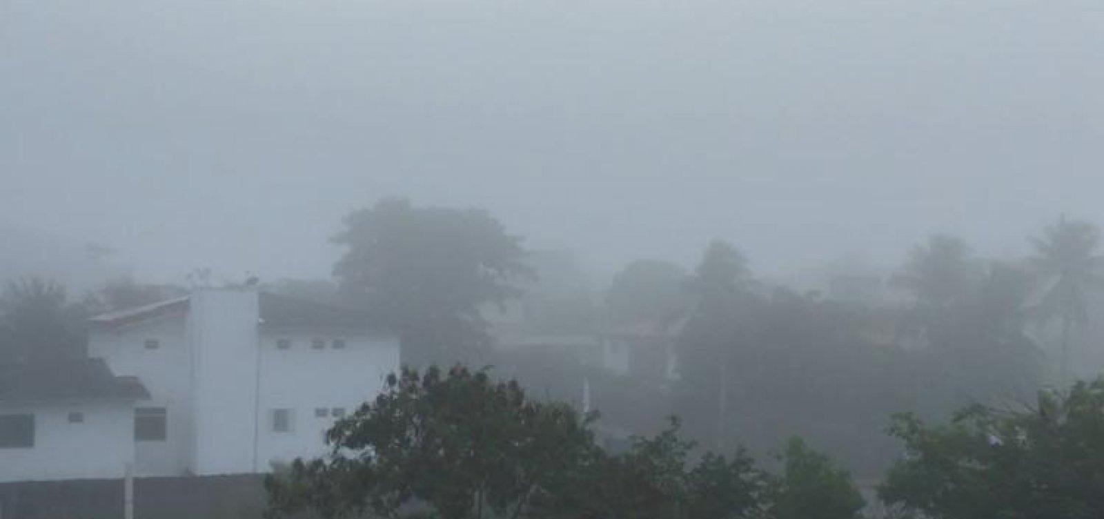 Fenômeno que cobre toda Salvador não é neblina; entenda