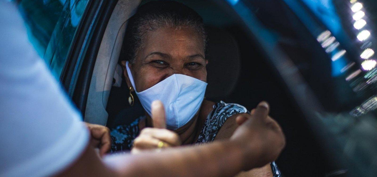 Vacinação de pessoas que completam 60 anos em 2021 começa em Salvador; confira cronograma