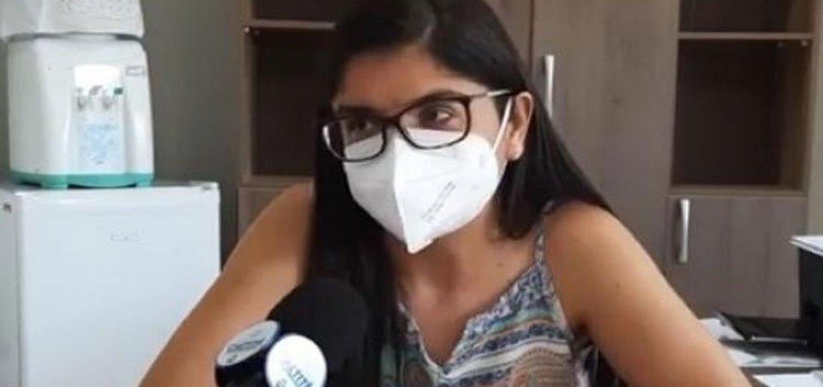 Petição cobra saída de secretária que teria furado fila da vacina