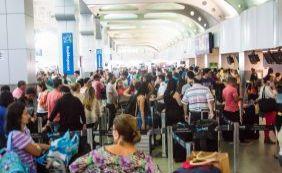 """""""Não pode esperar até concessão ser concluída"""", reclama Neto sobre aeroporto"""