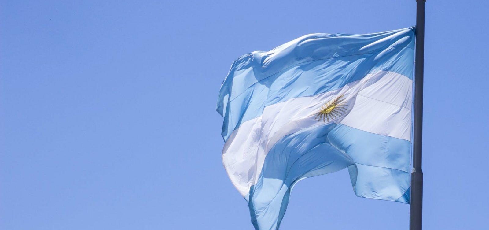 Argentina impõe novas medidas restritivas para combater a pandemia de Covid-19