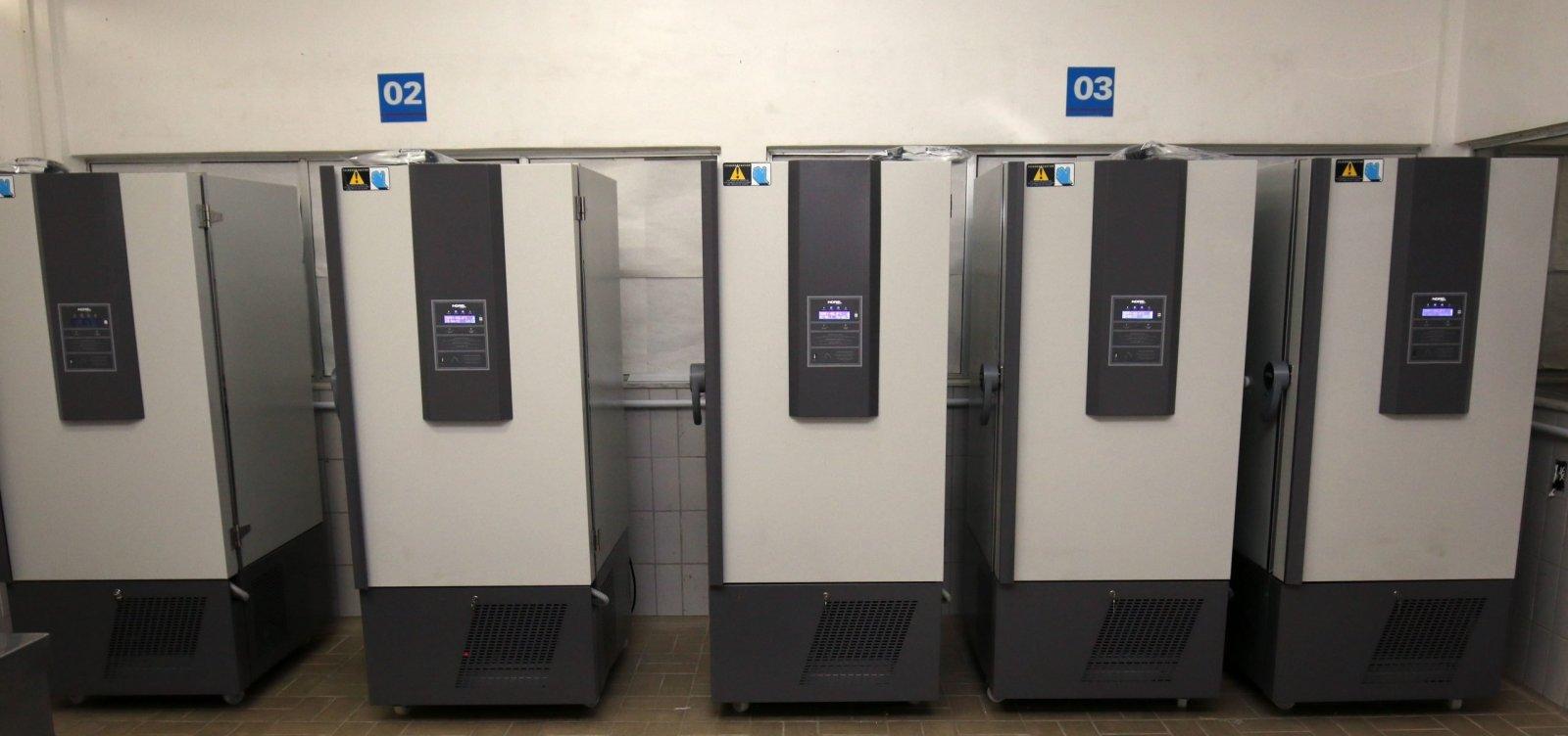 Bahia tem estrutura para armazenar vacina da Pfizer no interior, garante secretário