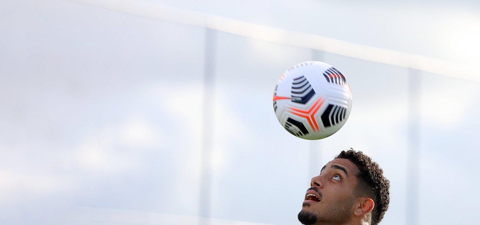 Jogo do Bahia no Baianão é suspenso após ação do Sindicato dos Atletas