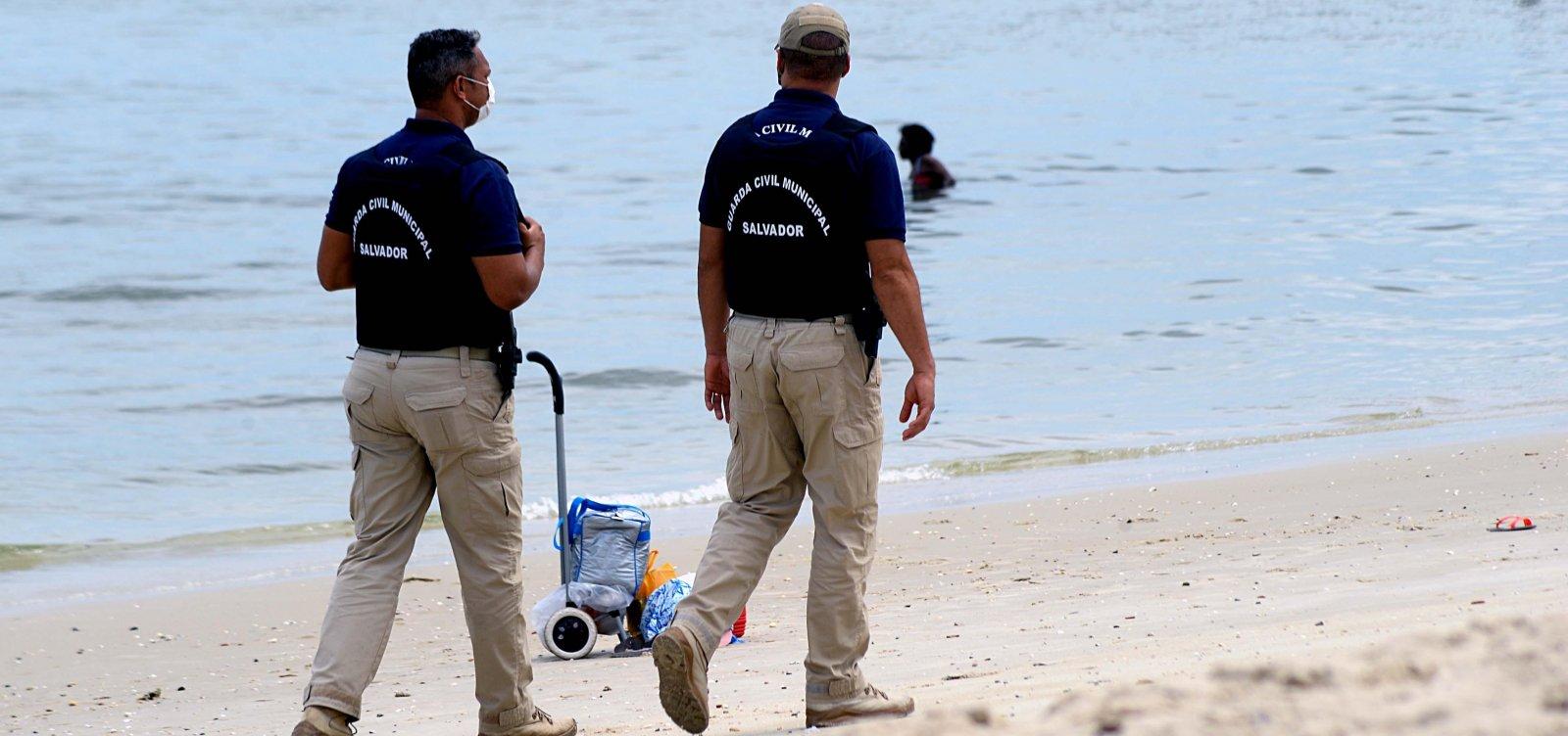 Praias de Salvador seguem fechadas durante fim de semana