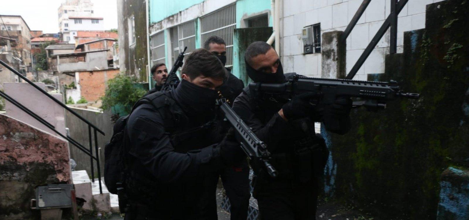 Em nova investida, polícia prende mais dois seguranças do Atakarejo
