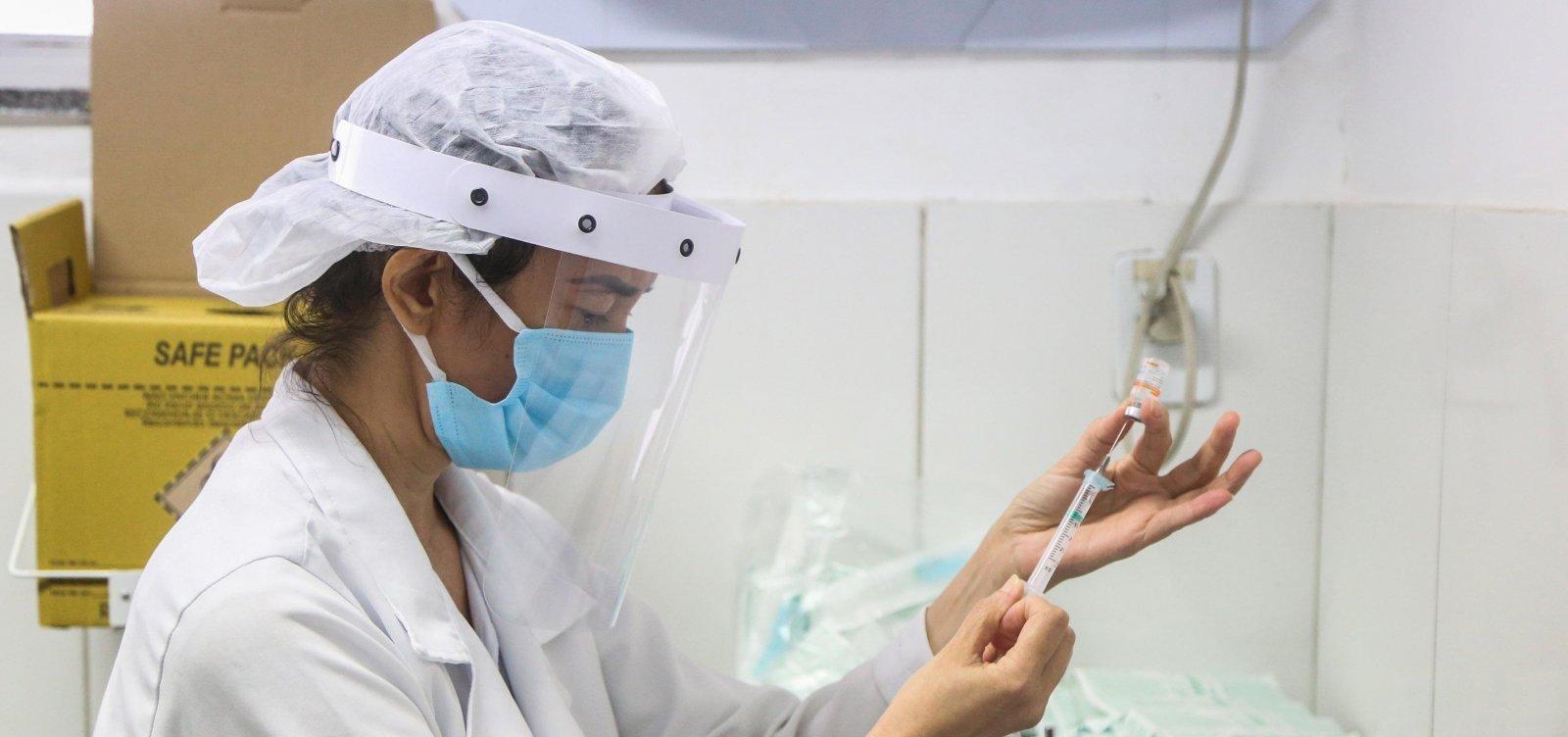 Prefeitura lança edital para contratação de 250 profissionais para atuar na vacinação