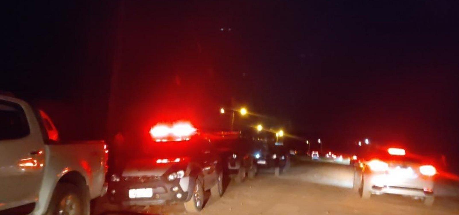 Polícia encerra festa com mais de mil pessoas no interior da Bahia