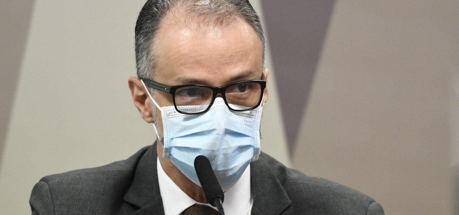 Presidente da Anvisa se diz contra uso da cloroquina e confirma tentativa de mudar a bula do remédio