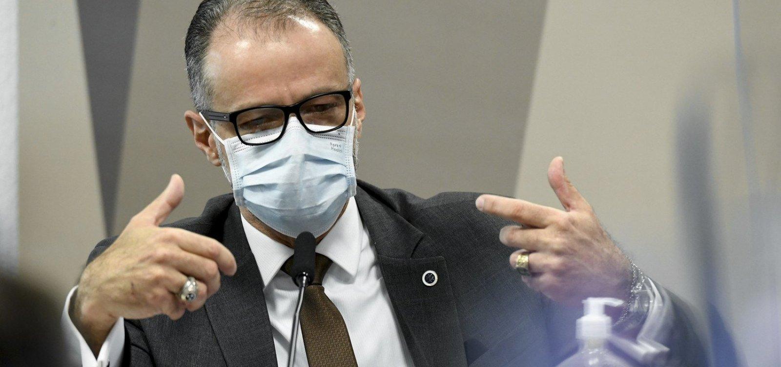 Presidente da Anvisa confirma tentativa do Planalto de mudar bula da cloroquina