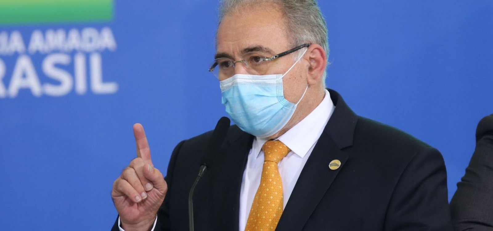 Ministro da Saúde anuncia compra de mais 100 milhões de vacinas da Pfizer