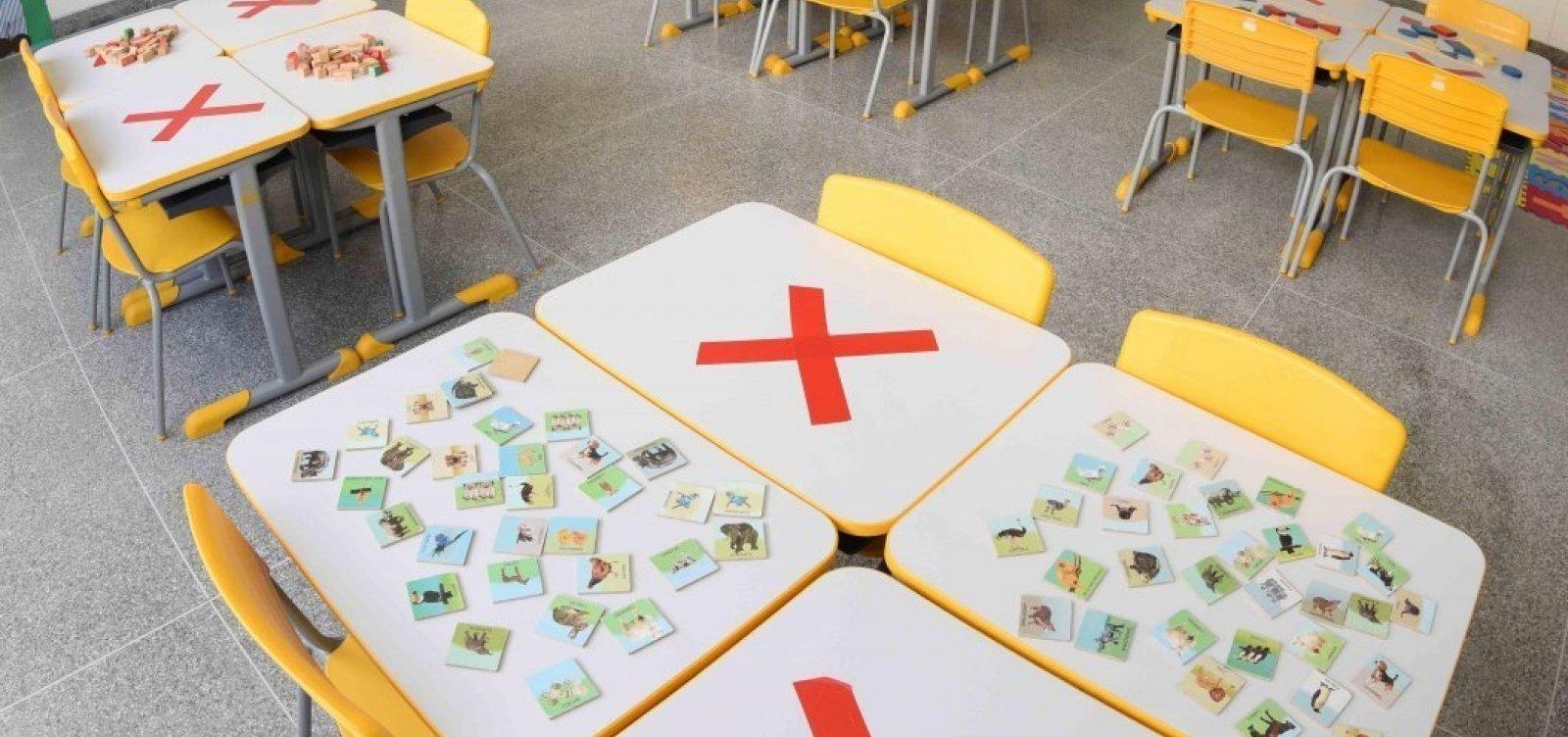 Professores decidem não retornar às aulas e votarão greve na próxima assembleia