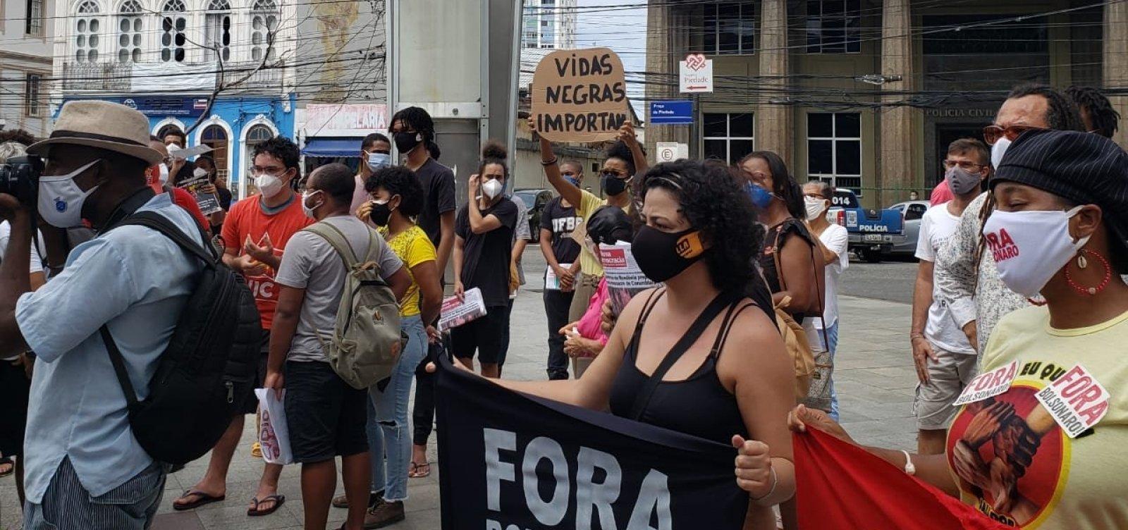 No dia da abolição, Movimento Negro protesta contra genocídio e 'caso Atakarejo'