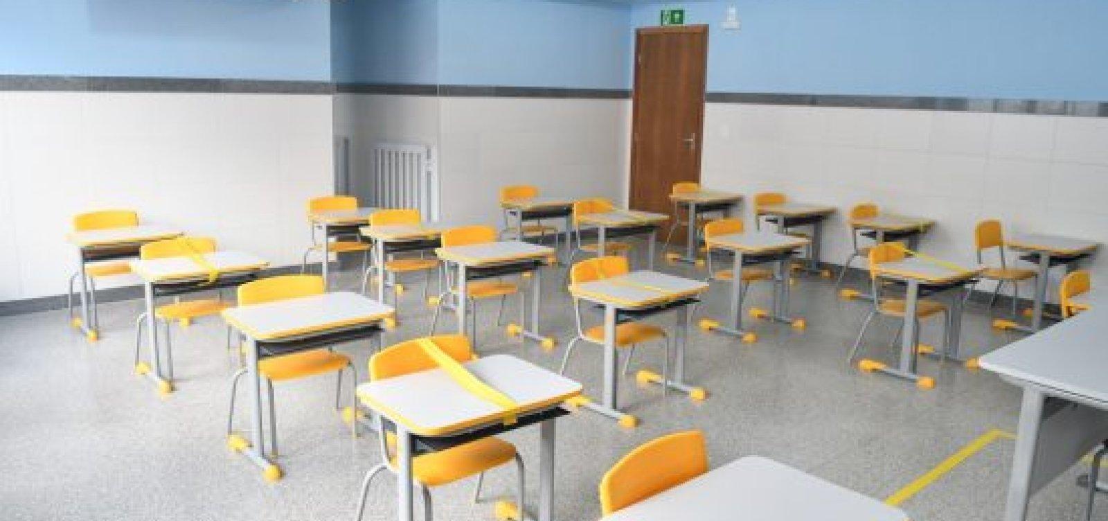 Reunião entre sindicatos termina sem acordo e professores das escolas privadas podem entrar em greve