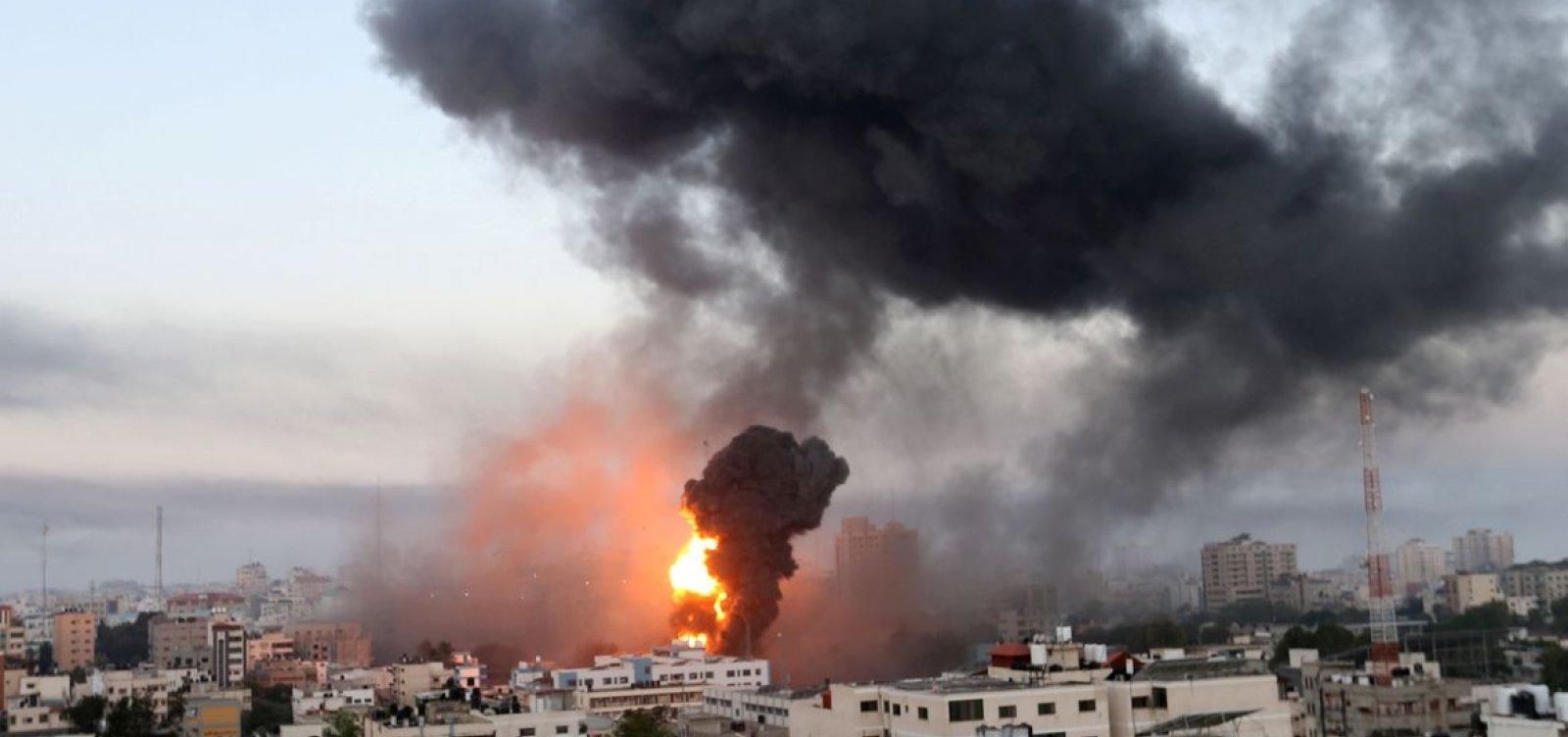 Israel bombardeia Gaza para conter militantes palestinos