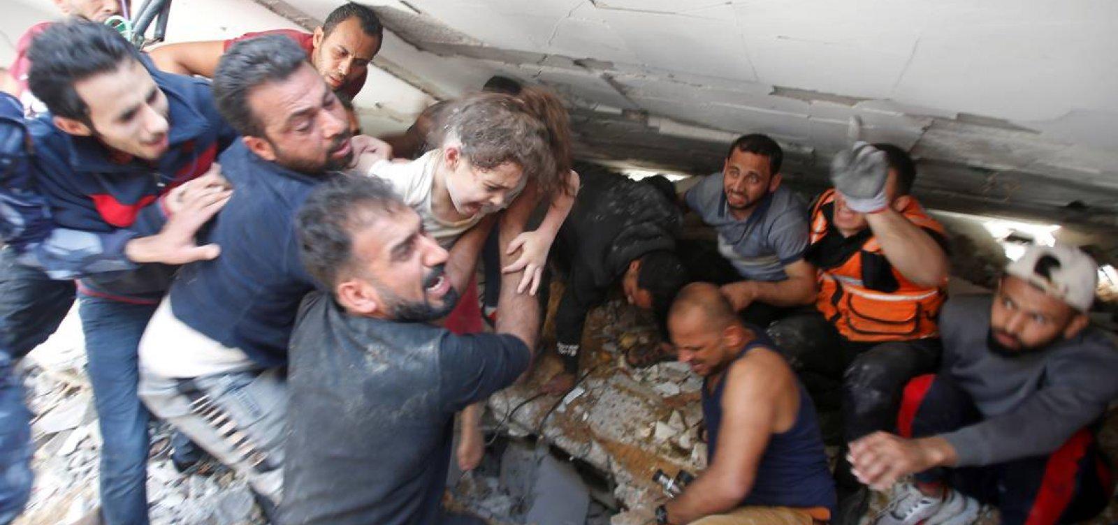 Israel bombardeia Gaza e mata 42 pessoas, ofensiva atinge casa de chefe do Hamas