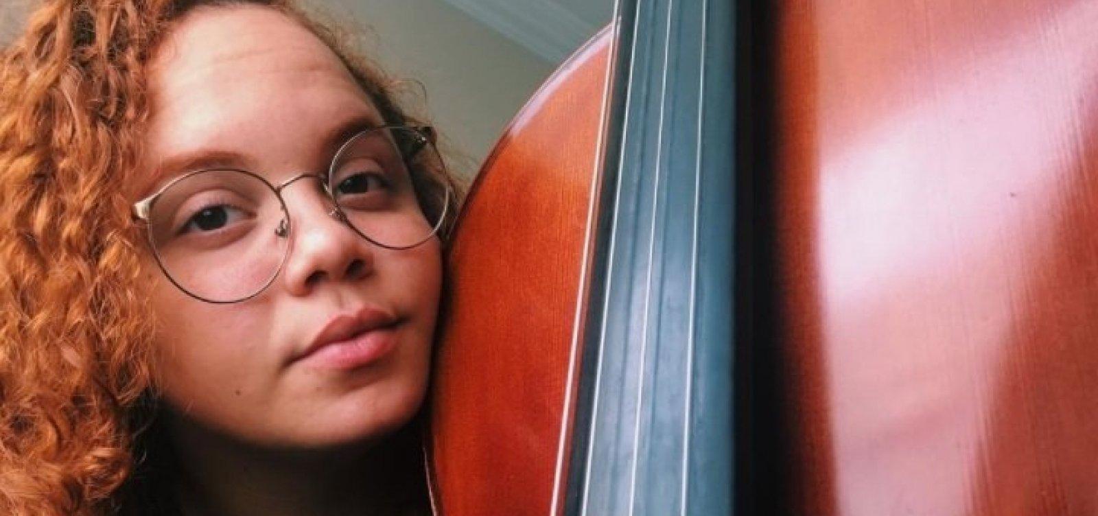 Aos 21 anos, filha do cantor Canindé morre por complicações da Covid-19