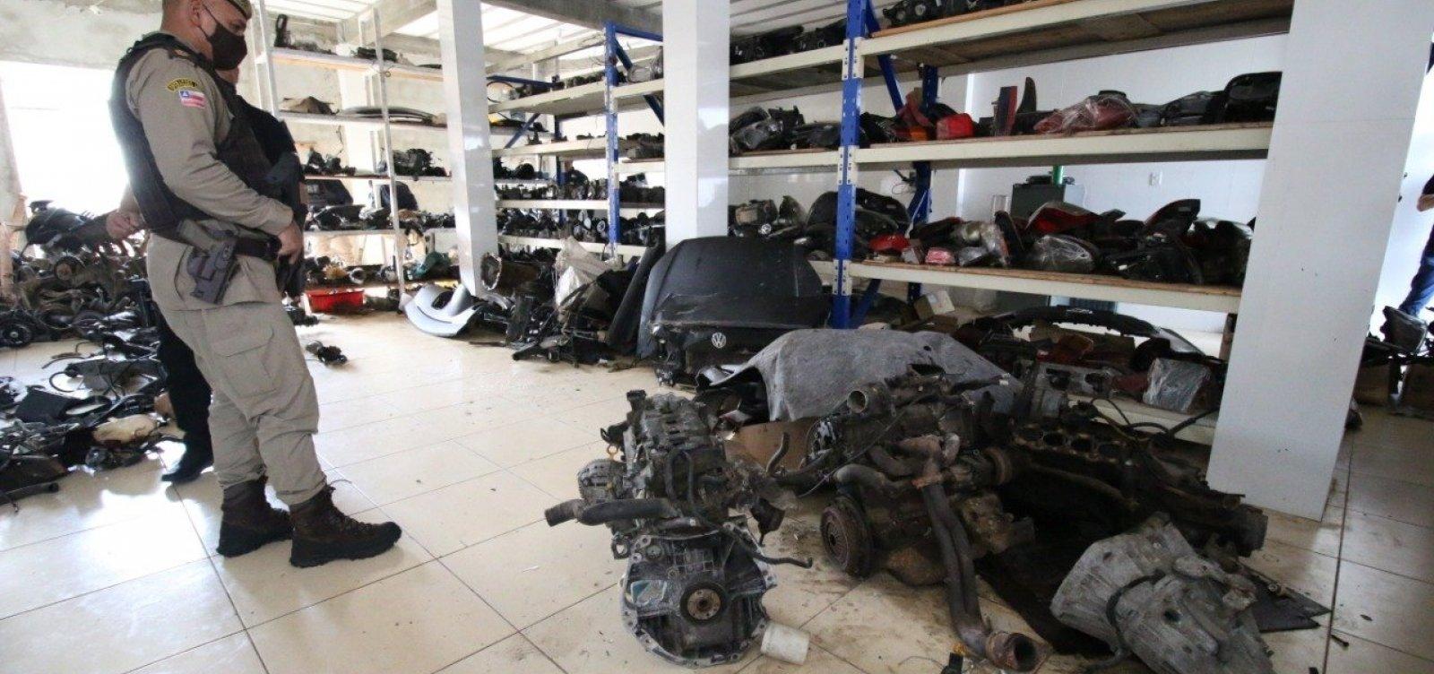 Cinco estabelecimentos são autuados por comércio ilegal de peças de veículos no Subúrbio