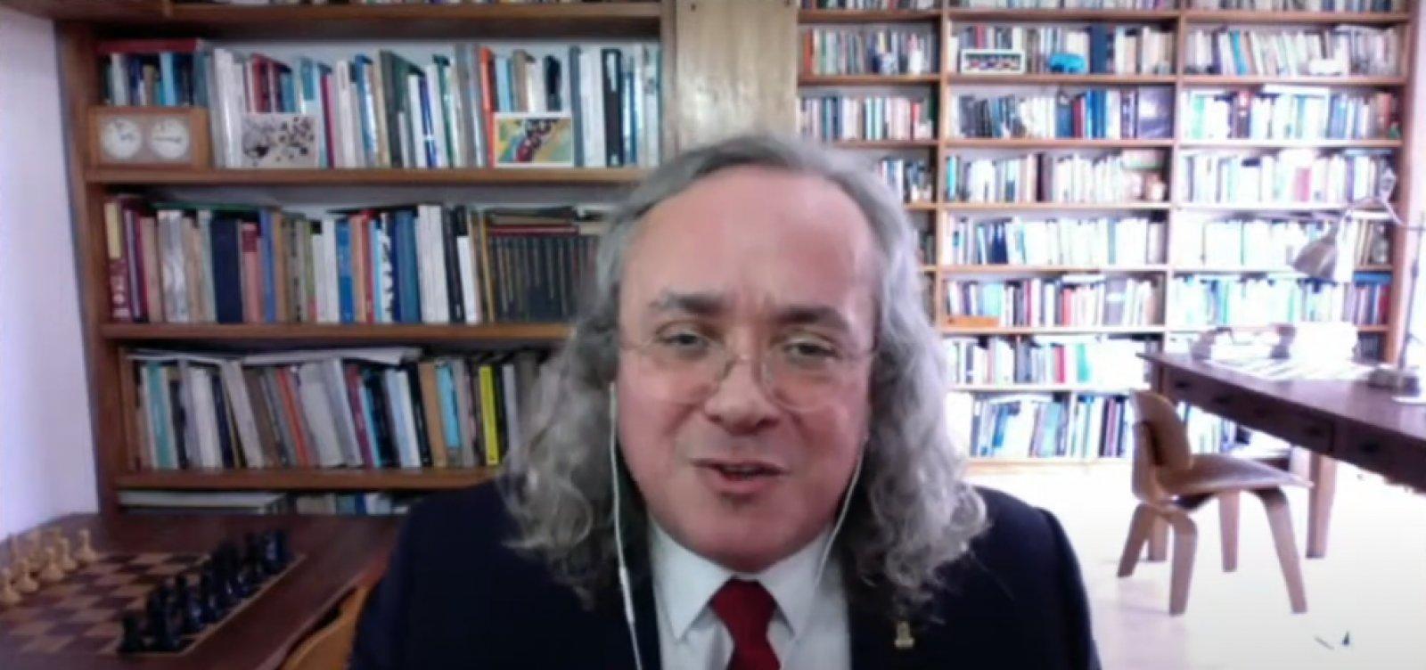 Reitor comemora ato da Ufba e fala em combate à ignorância obstrutiva