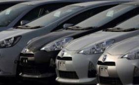 Venda de carros novos cai 26,6% em 2015, apontam fabricantes