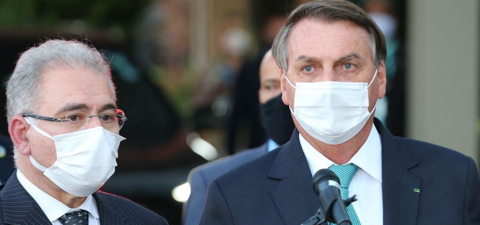 Bolsonaro fala em parecer para desobrigar uso de máscara para vacinados e a quem já se infectou