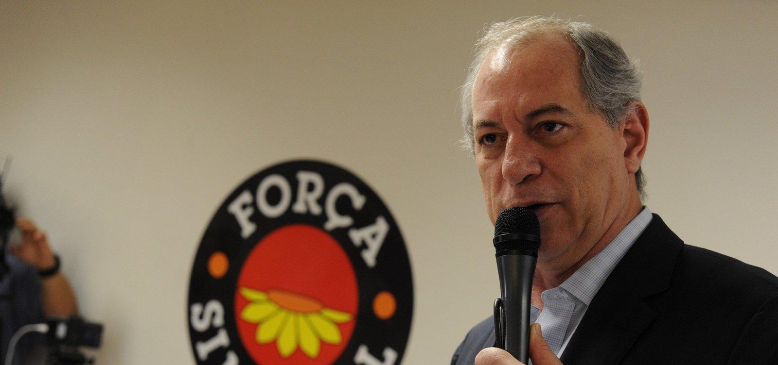 Ciro fala em conversas com o DEM, mas cita candidatura de Mandetta como obstáculo para fechar acordo
